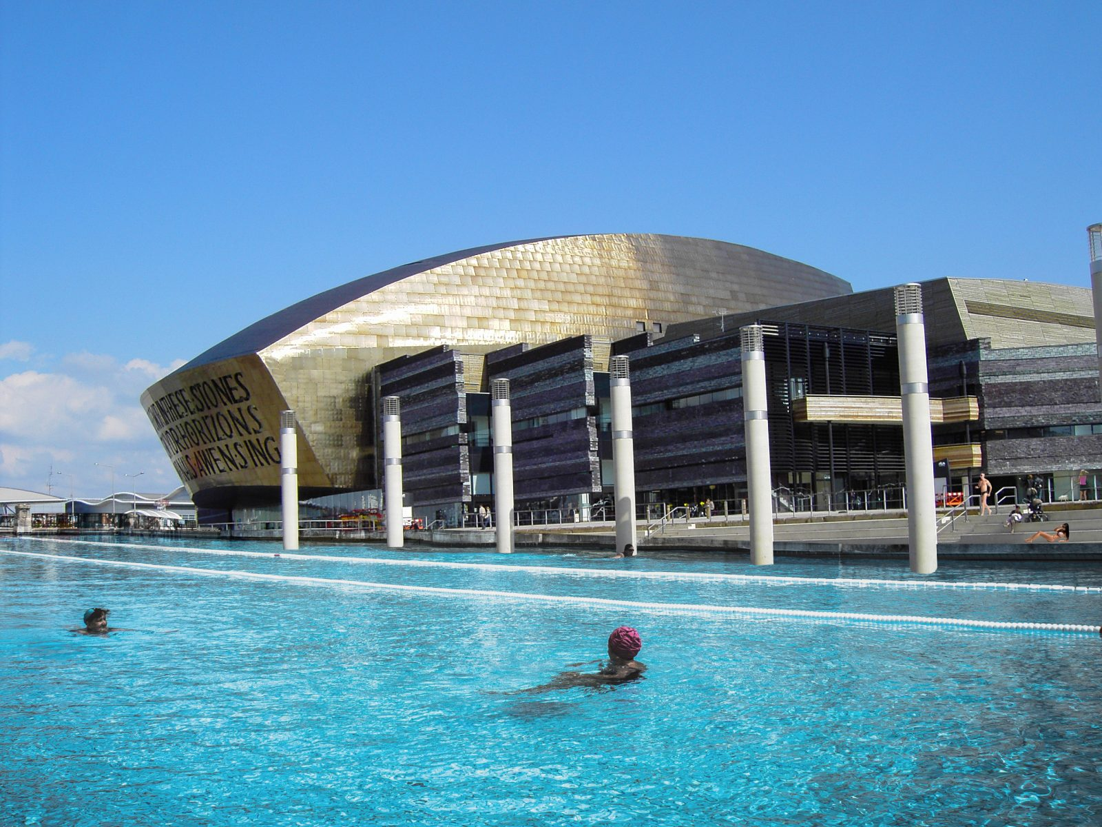 cardiff bay beach outdoor lido cardiff architects jersey4